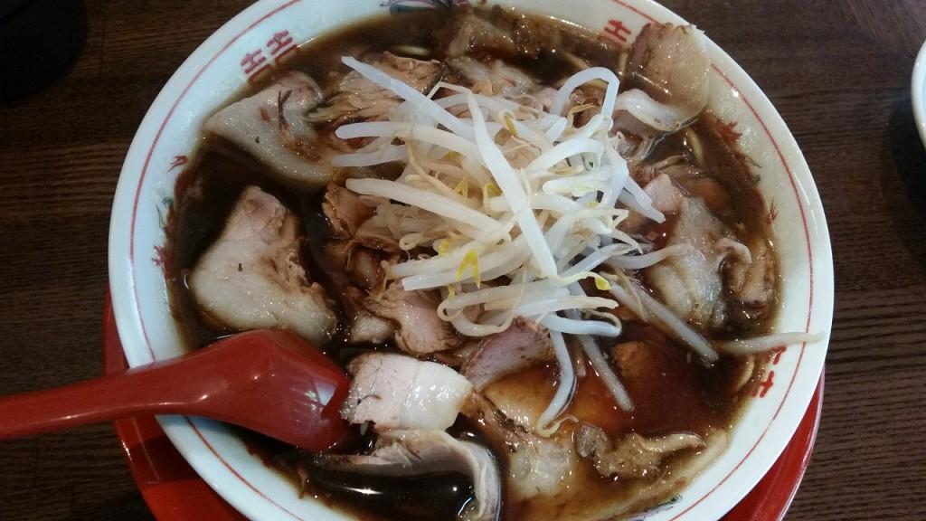 新福菜館のチャーシュー麺