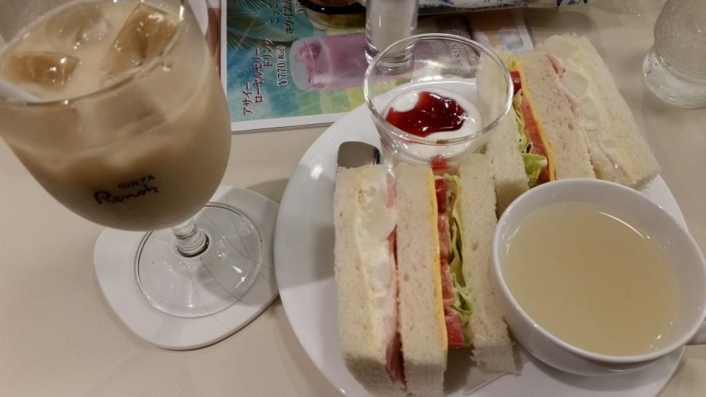 ルノアール横浜駅西口の朝食