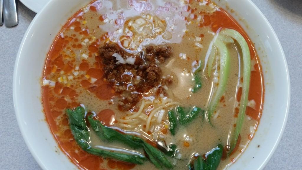 桂花楼の坦々麺