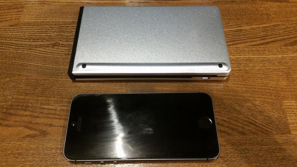 bluetooth搭載持ち運び可能なキーボード