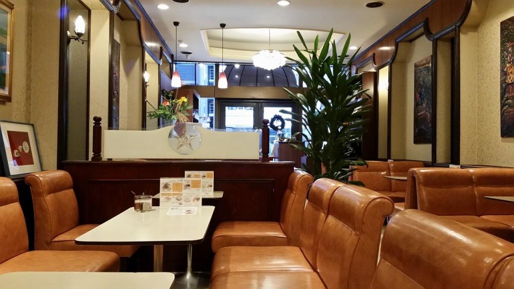 銀座カフェパウリスタの店内の様子