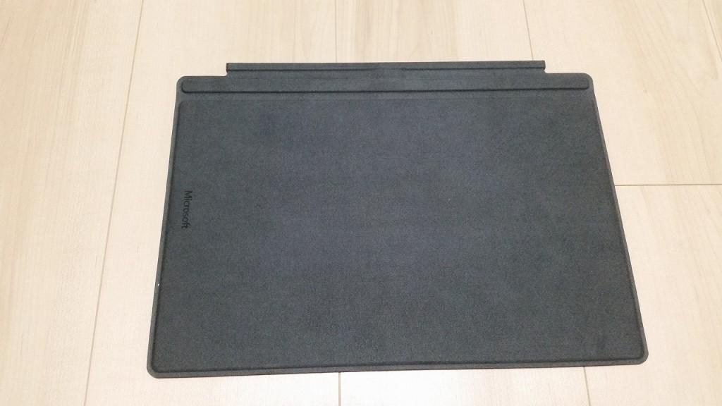 Surface Pro4純正タイプカバー裏面