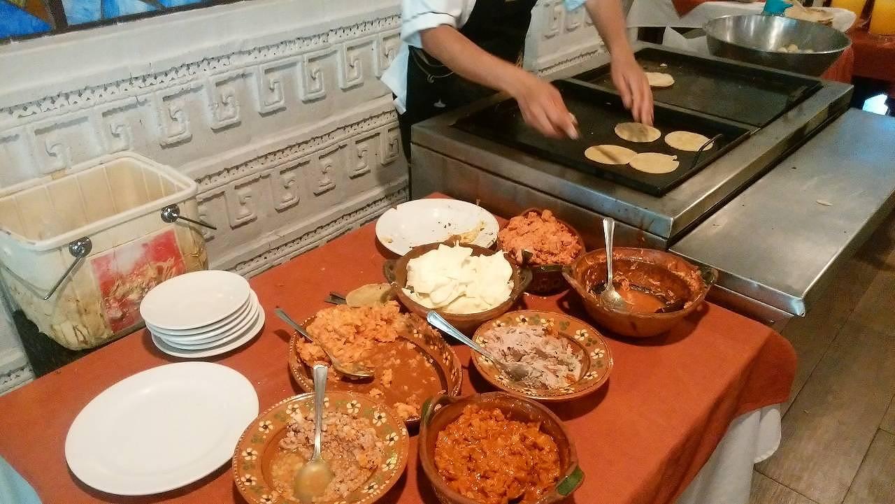 「GRAN TEOCALI」でメキシコ料理1