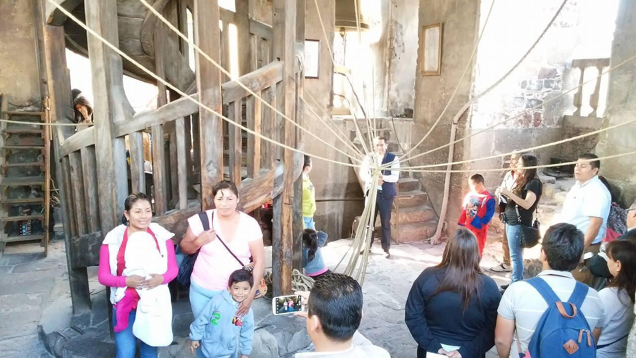 メキシコシティ・メトロポリタン大聖堂の内部を見学8