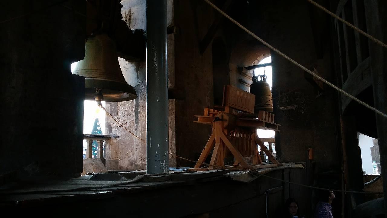 メキシコシティ・メトロポリタン大聖堂の内部を見学7