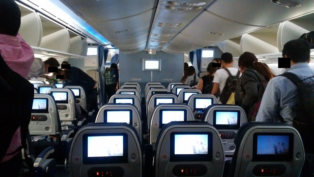 ANAボーイング787の機内の様子