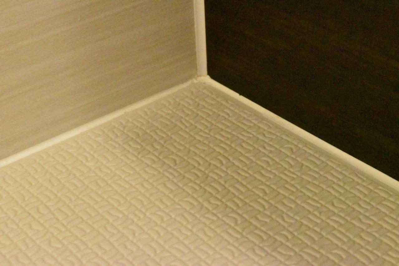 お風呂の床の黄ばみ汚れの掃除