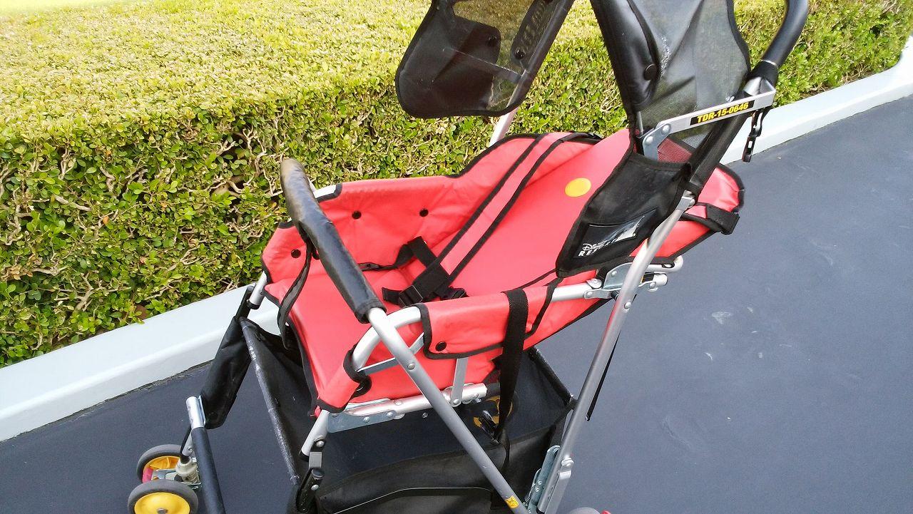 ディズニーレンタルベビーカーのリクライニングシート