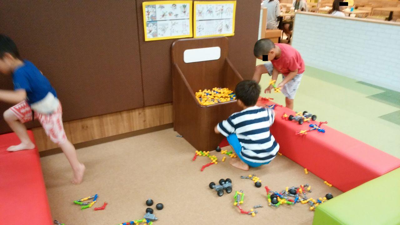 ピュアキッズ市川の知育玩具