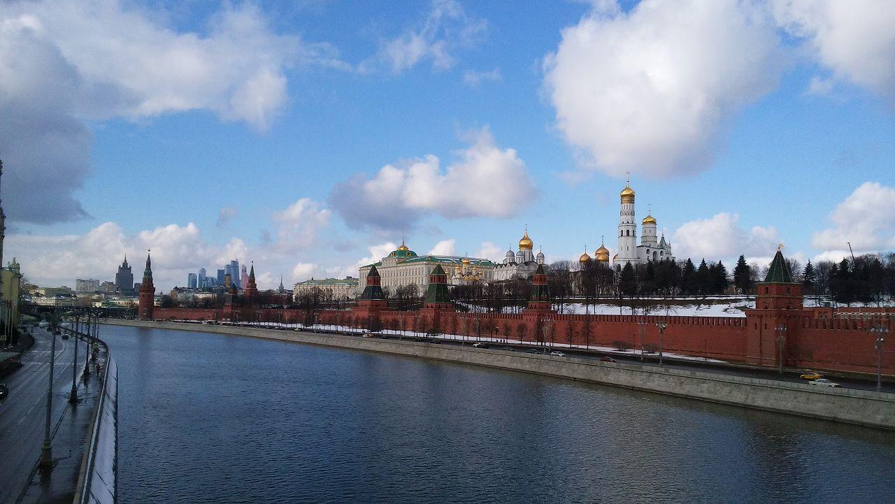 モスクワ川とクレムリン