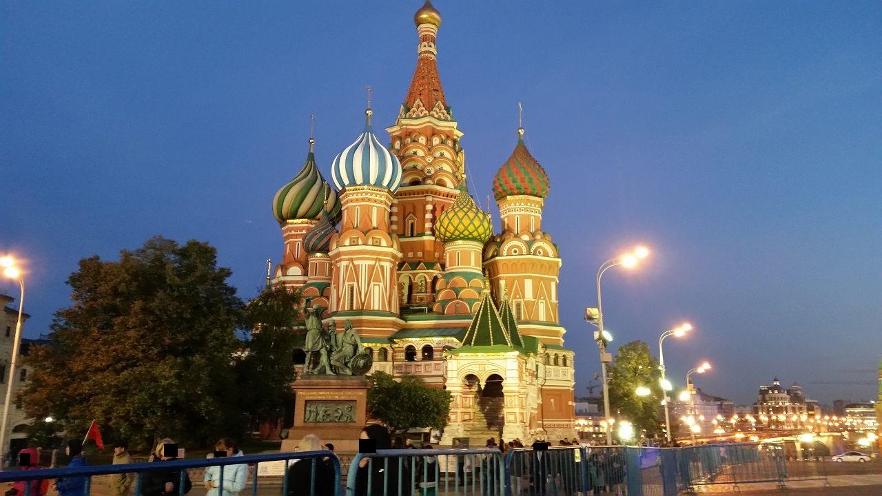 夜の聖ワシリイ大聖堂