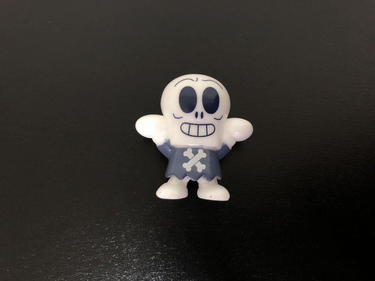 ホラーマンの人形