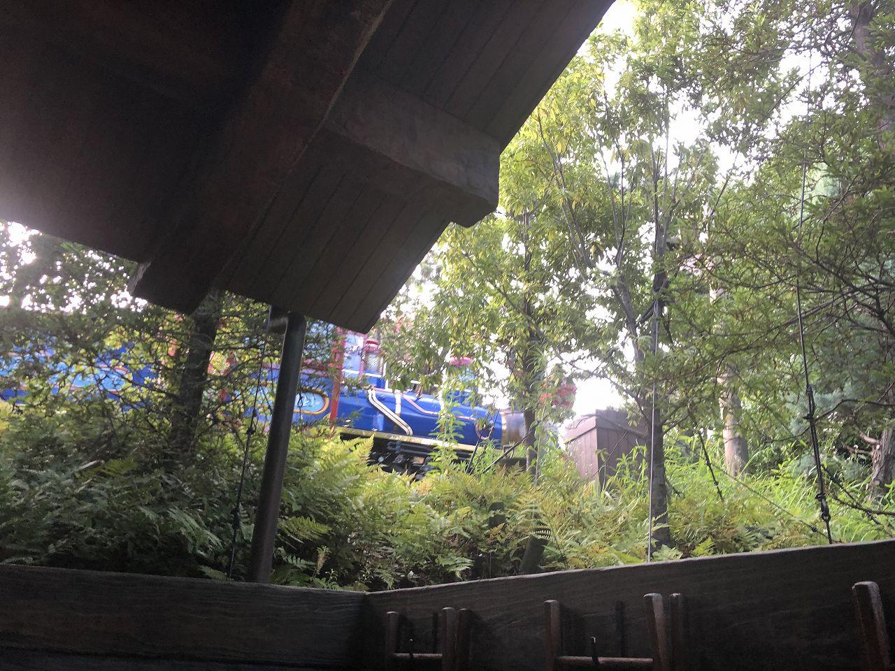 ディズニーランドの機関車