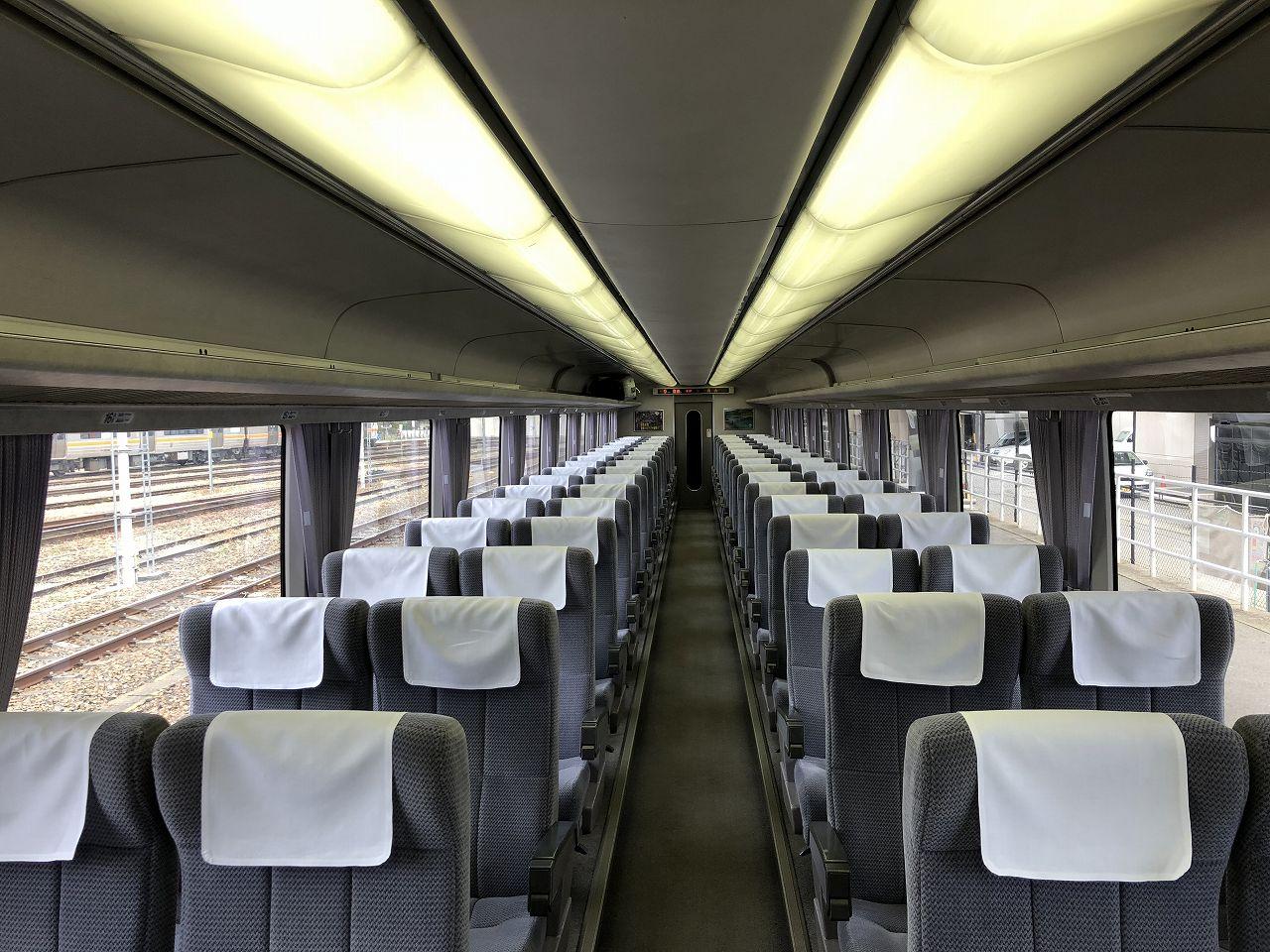 自由席の座席表