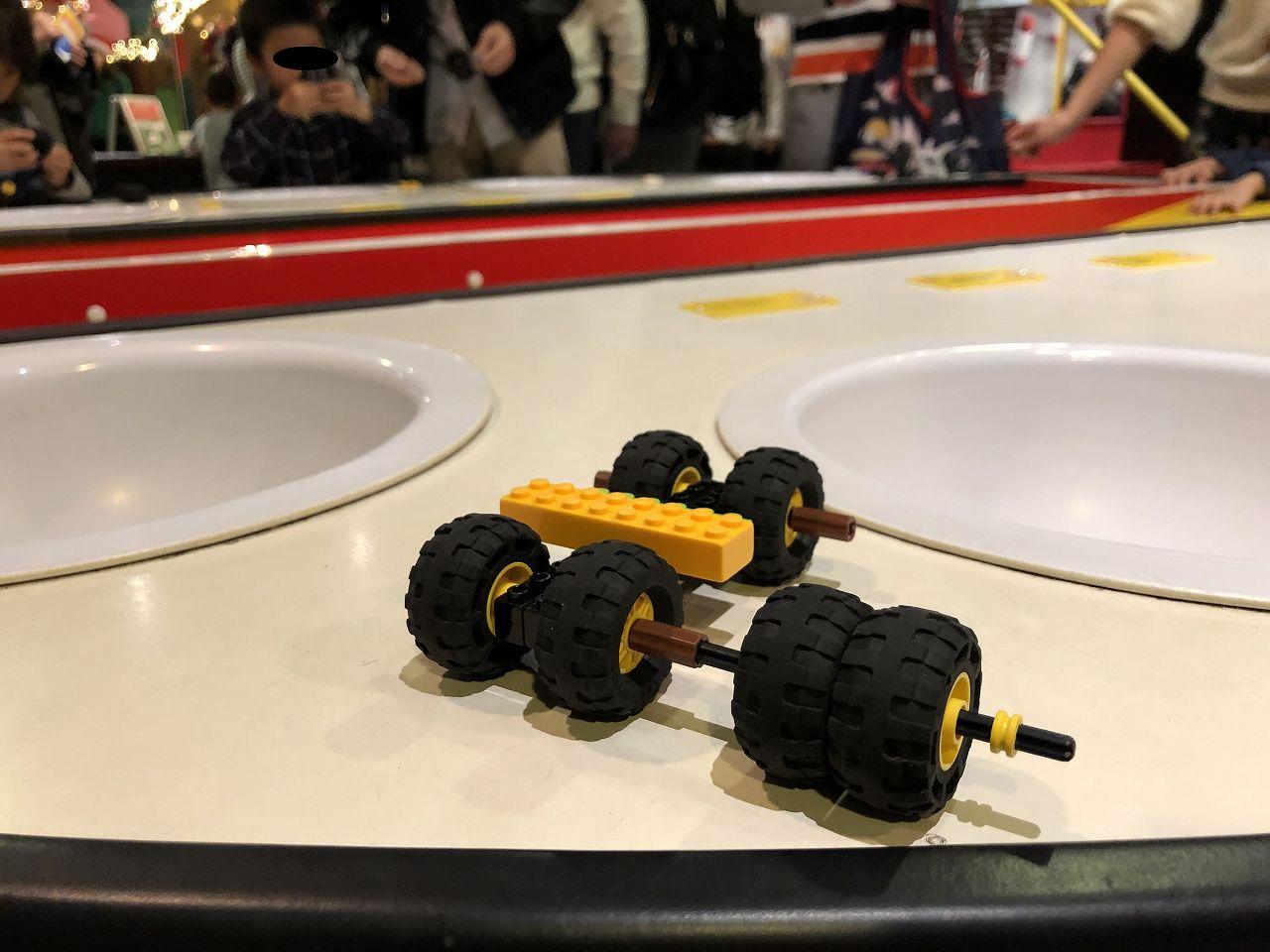 レゴで車を作ってみた