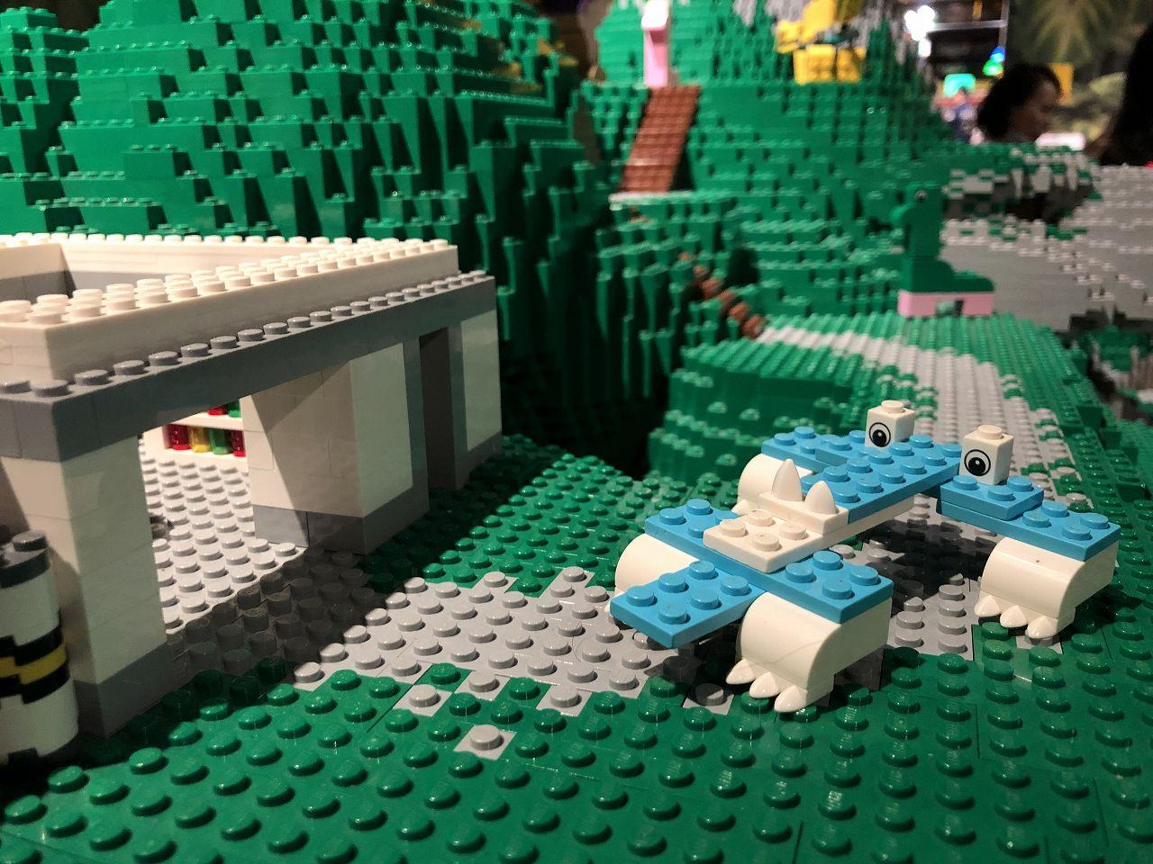 レゴで恐竜作ってみた