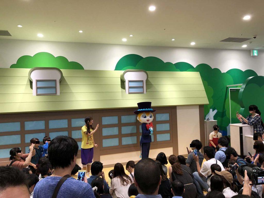 アンパンマンミュージアム横浜のがっこうでしらたまさんと遊ぶ