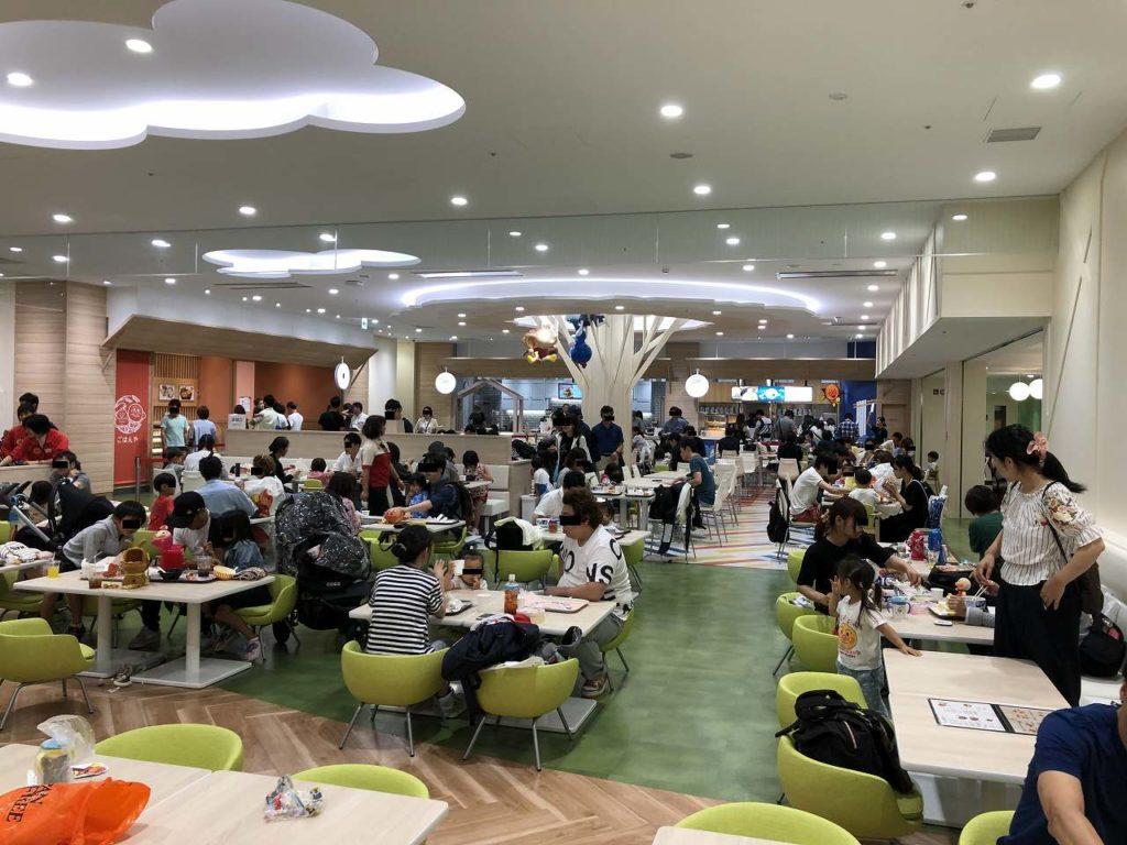 アンパンマンミュージアム横浜のフードコート