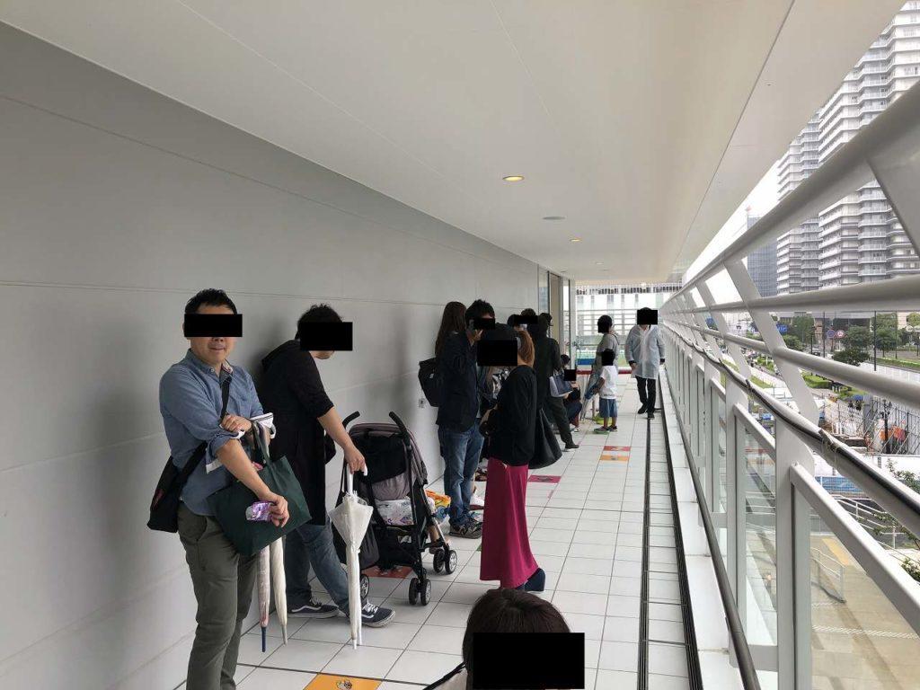 アンパンマンミュージアム横浜の入場前の列